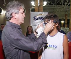 Sistema Fecomércio RN realiza entrega de 90 pares de óculos de grau em Caicó