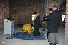 11. Установка крестов на храм святых мучениц 15.12.2014