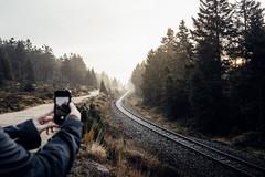 Fotografieren wie ein Instagrammer (Gruenewiese86) Tags: 2017 brocken harz nebel wald instameet canon 6d 35mm gleise schmalspurbahn harzlandschaft harzer railway handy imharz smartphone