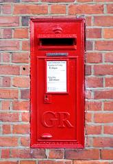 Weedon Handyside (R~P~M) Tags: postbox letterbox bucks buckinghamshire england uk unitedkingdom greatbritain postoffice royalmail handyside weedon
