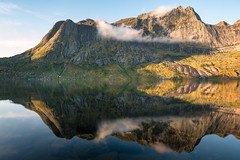 Lake Storvatnet Reflection (Dani℮l) Tags: storvatnet lofoten norway nature mountain danielbosma leknes busfjord water reflection cloud sunrise morning autumn colorful landscape europa sky sunlight fresh pure natural rock steep beauty
