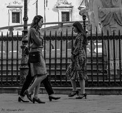 walking around (alessandrochiolo) Tags: sicilia siciliabedda street streetphoto sicily biancoenero bw bn blackandwhite fujix30 fuji fujifilm streetphotografy streetphotography strada