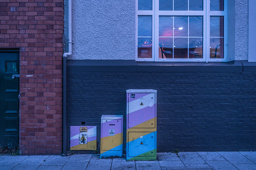 EXAMPLES OF PAINT-A-BOX STREET ART IN CORK CITY CENTRE [PHOTOGRAPHED 2017]-133895