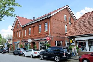 DSC_8280 Geschäftshäuser in der Kirchstraße von Hittfeld - Wohnhaus / Geschäftshaus.