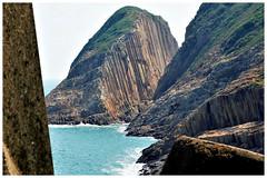 破邊洲    Po Pin Chau (C. Alice) Tags: stone 2017 blue autumn island seashore sky hongkong ilce6000 sony a6000 sonya6000 sonysel1670zcarlzeissvariotessart tessar zeiss carlzeiss unesco geopark