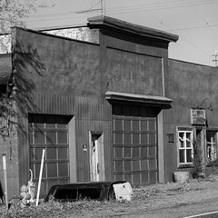 Camper Top (arbyreed) Tags: arbyreed monochrome bw blackandwhite lincolncountyidaho shoshone idaho building abandoned forgotten disused old metal squareformat