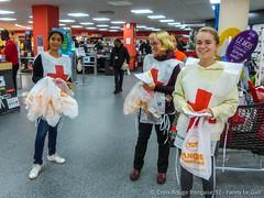 Collecte de la Banque Alimentaire - Novembre 2017 (Croix-Rouge française à Suresnes) Tags: croixrouge hautsdeseine banquealimentaire collecte alimentaire suresnes bénévolat bénévoles générosité epiceriesociale solidarité