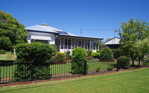 17 Saunders Street, Narrabri NSW