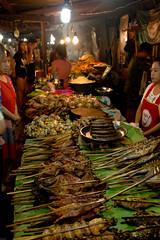 2017_04_25LuangPrabang158 (Andi [アンデイ]) Tags: laos travel travelphotography street streetphotography seasia southeastasia lao newyear savhannaket vientiane vangvieng luangprabang canon sigma sigmaa nature village rural buddhism