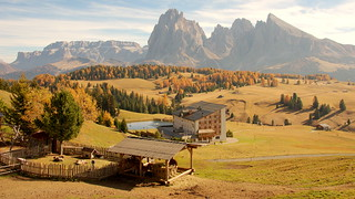 The mountains behind (Seiser Alm, Italy)