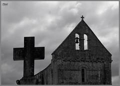 église (utchy70) Tags: église religions clocher cloche croix