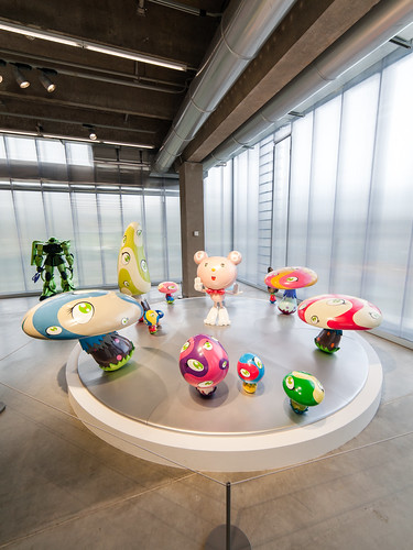 Музей Гараж. Выставка Такаси Мураками