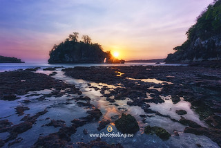 Indonesia sunset in Crystal bay