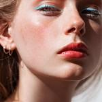 Best Ideas For Makeup Tutorials : Lauren de Graaf photographed by Tom Newton for Into the Gloss (Josie Maran Argan… thumbnail