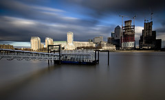 Canary Wharf Colour Pier (www.davidrosenphotography.com) Tags: canarywharf thames river colour water longexposure london buildings skyline
