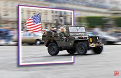 Lady Liberty, la Jeep Willys sort du cadre (mamnic47 - Over 8 millions views.Thks!) Tags: traverséedeparis 30072017 vincennesenanciennes voituresanciennes voitures 6c8a9061