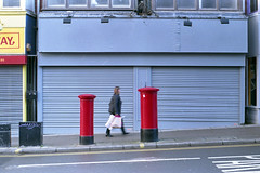 post boxes (pho-Tony) Tags: icarex35s photosofcameras icarex 35 s 35mm film zeiss ikon voigtlander zeissikonvoigtlander zeissikon tessar 28 f28 2850 50mm slr madeingermany german