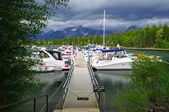 Boats dock on the Jackson Lake, Wyoming, USA (Andrey Sulitskiy) Tags: usa wyoming grandteton