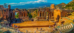 Showtime in Taormina (The Happy Traveller) Tags: historicalbuildings sicily italy greektheater taormina beautifullandscapes nwn