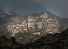 Yemen: maisons-tours dans le djebel Haraz. (Claude Gourlay) Tags: yemen moyenorient middleeast claudegourlay asie asia yemeni arabia arabiafelix arabieheureuse architecture maisonstours haraz djebelharaz