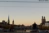 Sunset in Zurich (Quaibrücke) (Nicolay Abril) Tags: zúrich zürich zurich zurigo zürigh turitg suiza schweiz suisse svizzera svizra schwiz svìzzera automne autumn herbst otoño couple pareja peterskirchezurich stpeterchurchzurich peterskirche grossmünster fraumünster lindemagus limmat limago river fluss río sunset coucherdusoleil atardecer puestadelsol tramonto tramonti sunsets atardeceres sonnenuntergang züricheraltstadt árbolesdeotoño falltrees autumntrees arbresd'automne bäumeimherbst
