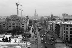 000078300017 (halveniya) Tags: winter cars road city moscow 35mm f501 nikon ilforddelta100 ilford film