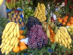I colori della frutta (giorgiorodano46) Tags: ottobre2014 october 2014 iphone giorgiorodano frutta colori colors fruits roma viadeiforiimperiali