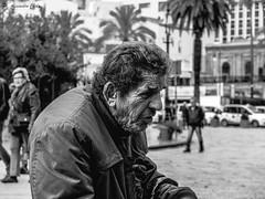 rughe (alessandrochiolo) Tags: sicilia siciliabedda street streetphoto sicily streetphotografy biancoenero bw bn blackandwhite fujix30 fujifilm fuji portrait strada