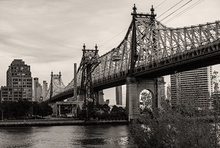 59th Street Bridge and Tram
