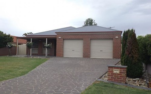 14 Shiraz Crescent, Corowa NSW 2646