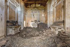 (Kollaps3n) Tags: church decay abandoned abbandono urbex urbanexploration nikon