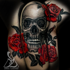 Hunters-skull-and-roses-12-sleeve-tattoo-by-ben-lucas-eye-of-jade-chico-ca