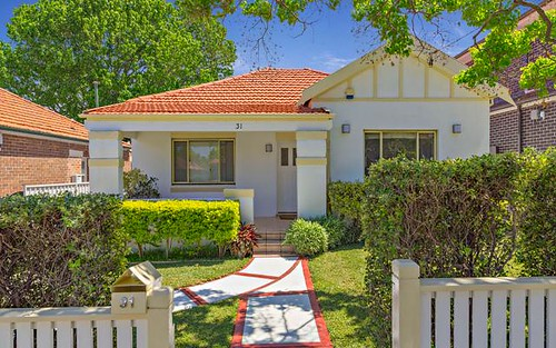 31 Manning Av, Strathfield South NSW 2136