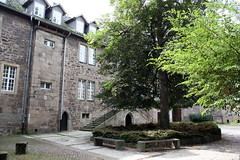 Innenhof des DITSL in Witzenhausen (Helgoland01) Tags: witzenhausen hessen schule school deutschland germany