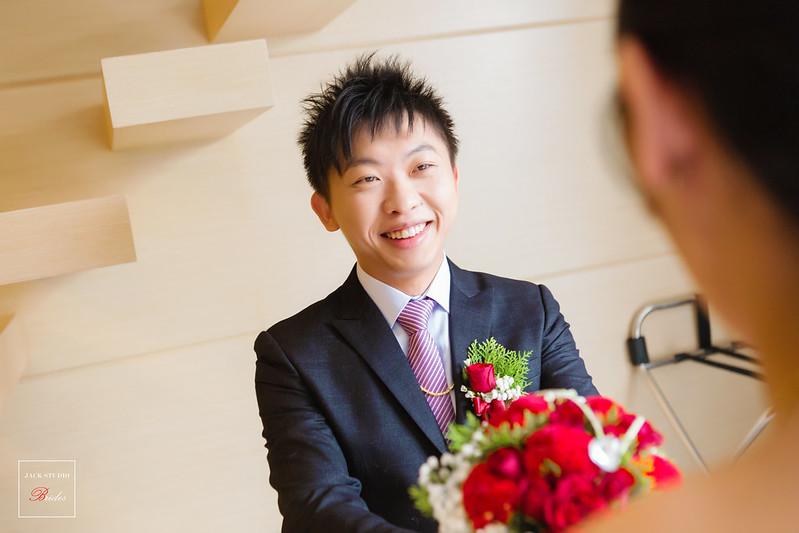 [婚攝] 宥辰 & 君君 楊梅幸福鹿時尚美食館 | 迎娶午宴 | 婚禮紀錄