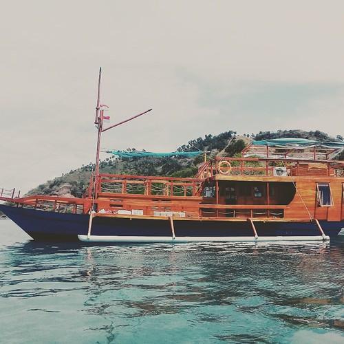Boat tour Labuan Bajo - Flores Indonesia.  http://www.boatkomodotour.com #boat #travel #holiday #komodotrip #komododragon #komodoisland #adventure