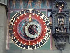 Mindblown (yon_willis) Tags: schweiz lasuisse svizzera bern berne berna berneraltstadt zytglogge kramgasse europe switzerland cantonofbern clock astronomicalclock 2013 landmark oldtown