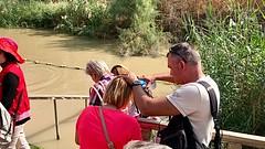 9 - Zarándokok a Jordán folyónál - keresztségi fogadalom megújítása / Pútnici pri rieke Jordán - obnovenie krstných sľubov