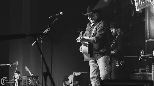 Tracy Lawrence - November 3, 2017