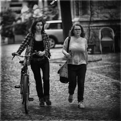 Anglų lietuvių žodynas. Žodis check girl reiškia patikrinkite mergina lietuviškai.