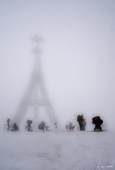 La cruz de Gorbea (Jabi Artaraz) Tags: jabiartaraz gorbea gurutzea cruz montaña cima frío nieve invierno winter nature montañeros