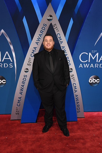 Luke Combs fan photo