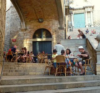 Début de soirée à Girona / Early evening in Girona