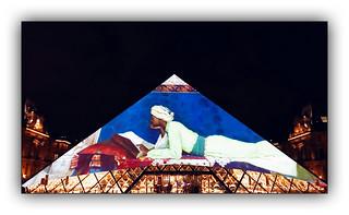 Série Pyramide du Louvre : N° 11