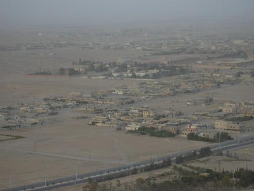 Palmyra (Tadmor), Die arabische Burg überragt die Oasenstadt (17. Jhdt.)