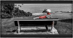 Yo y el alrededor ,,,,,,, me, and the around (Cantabria, Santander, España) (Vilchez57) Tags: foto fotografía fotógrafo ego yo mar agua mirador banco blanconegro color contemplación cielo relax cutout cantabria santander vilchez57