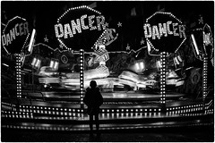 dream like a dancer (ingrid.lowis) Tags: hamburgerdom bw monochrom street