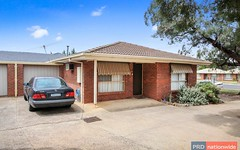 8/14 Brooklyn Road, Melton South VIC