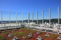 Terrasse sur le toit (Rooftop Terrace) (JB by the Sea) Tags: montreal montréal quebec québec canada october2017 placevillemarie pvm ausommetplacevillemarie ausommet