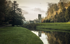 Fountains Abbey (Rob A Atkins) Tags: nationaltrust fountainsabbey studleyroyal watergarden autumn monastery cistercian landscape waterscape ripon yorkshire
